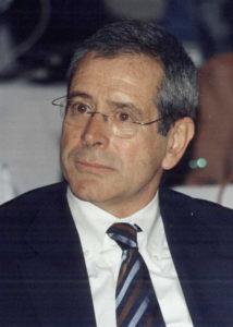 Salvador Gil - Administrador
